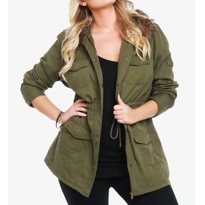 Torrid faux fur hooded olive parka jacket size 4